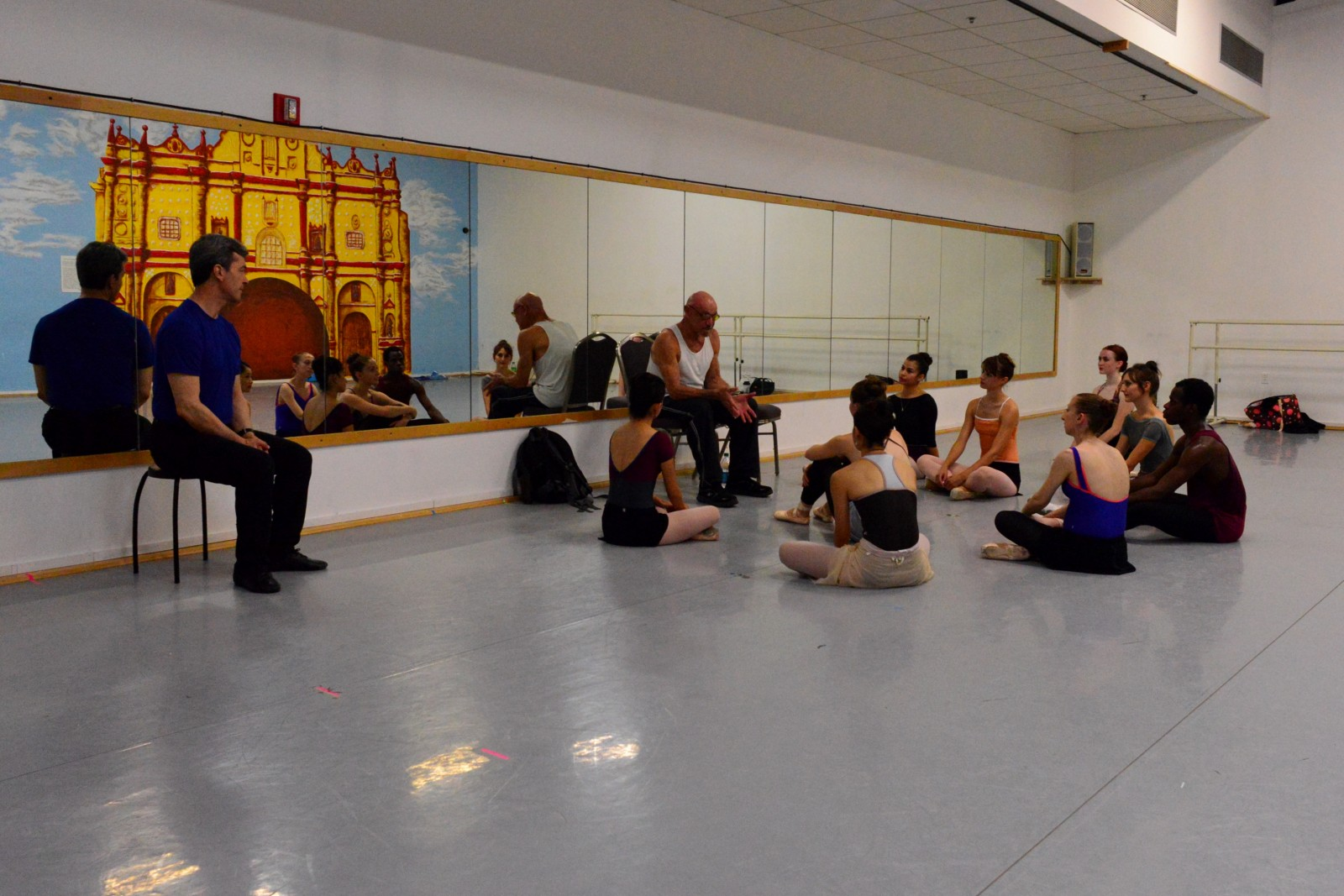 Bruce Marks conducting a master class with Ballet San Antonio in May 2016