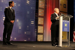 Eric Alva accepting the Chuck Jordan Award at the 2015 HRC San Antonio Gala and Silent Auction (Photo by Julian Ledezma)